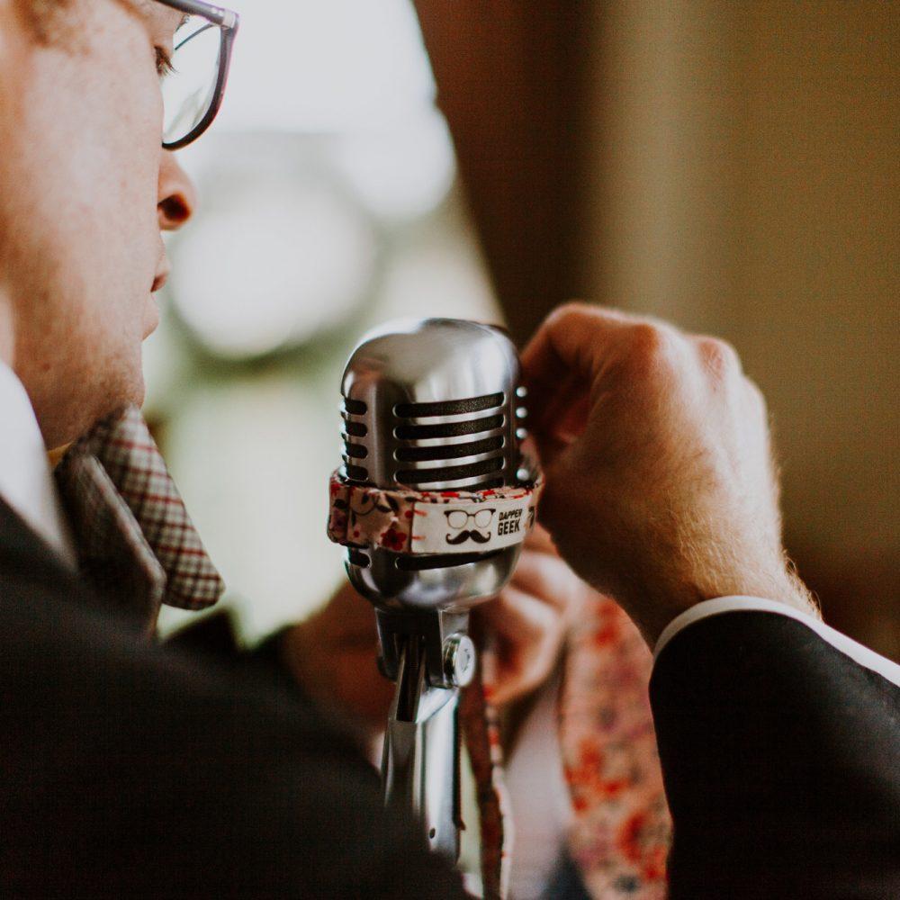 dapper dj alex microphone